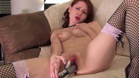 Ivy using big dildo to fuck