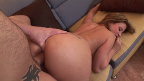 Big dick dude fills up the tight ass on this sexy white milf doggy style...