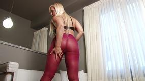 Alexis Golden pantyhose tease