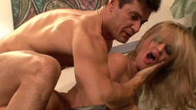 Blonde babe with talent in dance enjoying give pleasure to her teacher