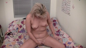 Blonde babe gets her pussy filled with a toy