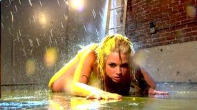 Sarah vandella teases pussy in shower...
