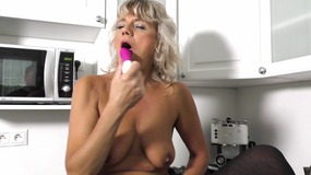 Sexy mature blonde with pink toy   4K...
